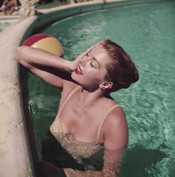 Usa State Photograph - Esther Williams by Slim Aarons