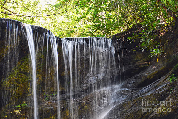 Photograph - Falling Water by Phil Perkins