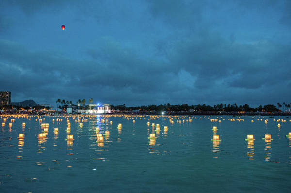 Photograph - Floating Lanterns Hawaii by Mark Duehmig