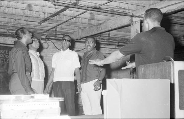 Lawrence Photograph - Four Tops Rehearsing In The Basement by Michael Ochs Archives