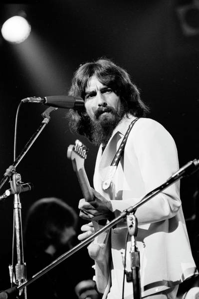 Wall Art - Photograph - George Harrison Performing At A Rock by Bill Ray