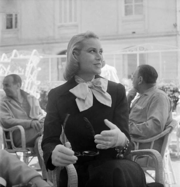 Cannes Photograph - Grace Kelly by Keystone-france