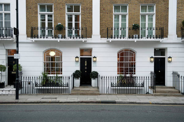 Kensington And Chelsea Photograph - Great Britain, England, London by Max Alexander