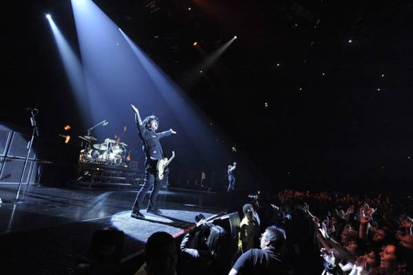 Green Day Photograph - Green Day Performs At The Forum In La by Stephen Albanese