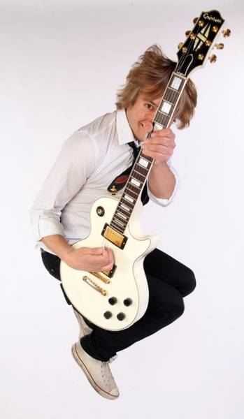 Photograph - Guitarist Dave Tirio by Jim Steinfeldt