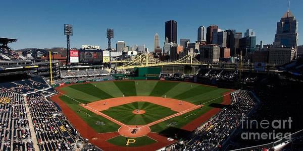 Wall Art - Photograph - Houston Astros V Pittsburgh Pirates by Joe Robbins