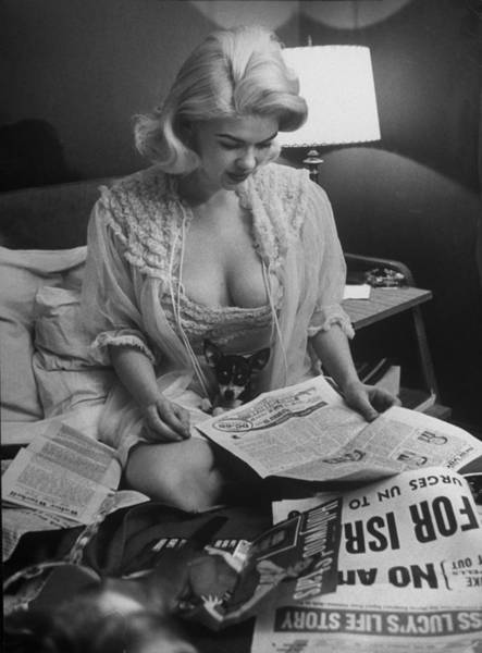 Lap Dog Photograph - Jayne Mansfield by Peter Stackpole
