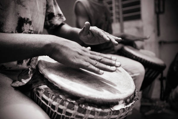 Human Hand Photograph - Jembe Players by Peeterv