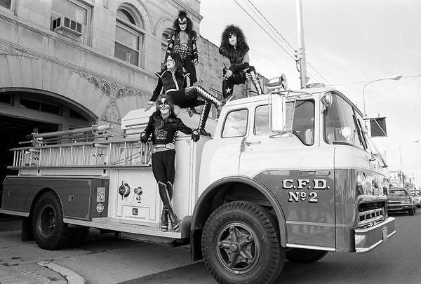 Peter Criss Wall Art - Photograph - Kiss In Cadillac by Fin Costello