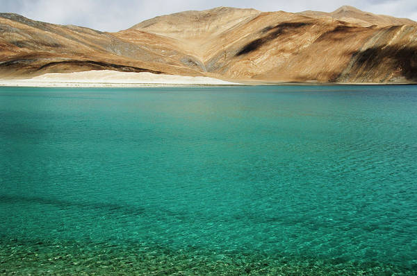 Wall Art - Photograph - Lake With Mountain Ranges In The by Exotica.im