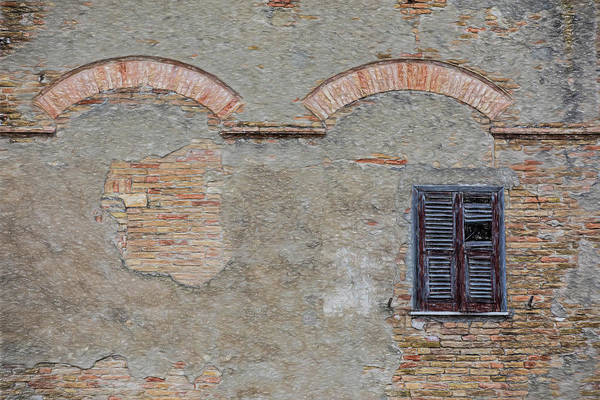 Photograph - Lone Window Of Venice by David Letts