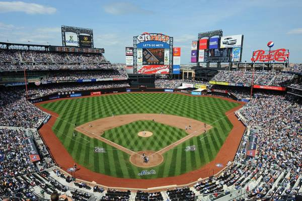 Wall Art - Photograph - Milwaukee Brewers V New York Mets by Rich Pilling