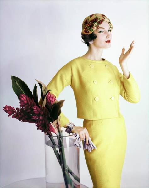 Wall Art - Photograph - Model In Lord & Taylor by Henry Clarke