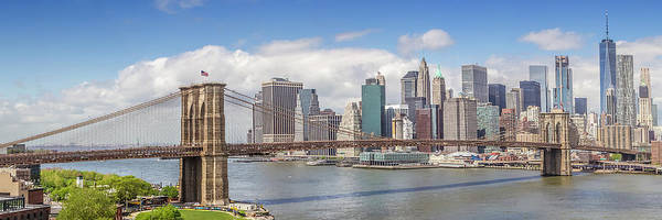 Wall Art - Photograph - New York City Brooklyn Bridge And Manhattan Skyline by Melanie Viola