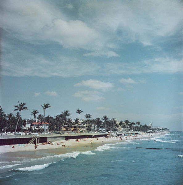 Vertical Landscape Photograph - Palm Beach by Slim Aarons