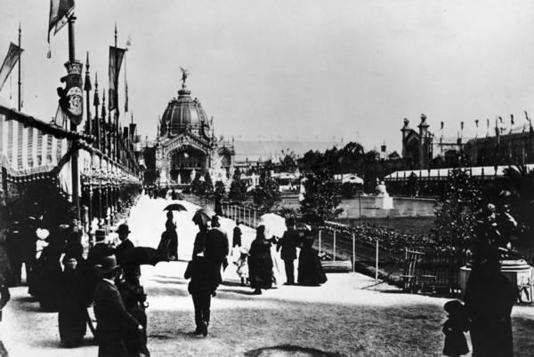 Exhibition Photograph - Paris Exhibition by Hulton Archive