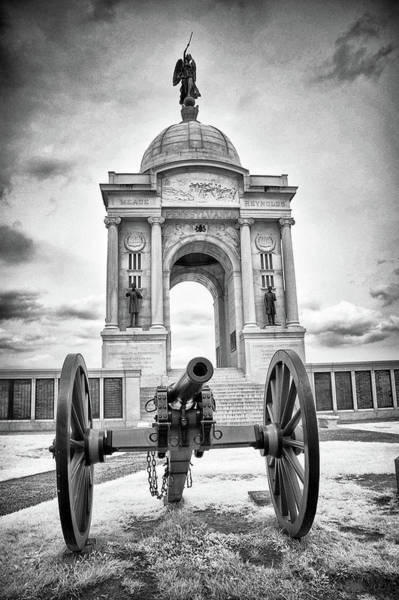 Photograph - Pennsylvania Memorial And Cannon by Paul W Faust - Impressions of Light