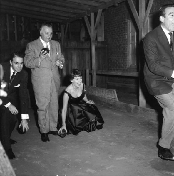Photograph - Photo Of Sophia Loren by Michael Ochs Archives