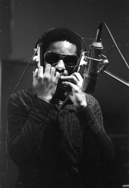 Headshot Photograph - Photo Of Stevie Wonder by Michael Ochs Archives