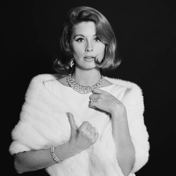 Photograph - Portrait Of Suzy Parker by Jack Robinson