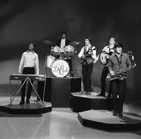 Wall Art - Photograph - The Dave Clark Five by Michael Ochs Archives