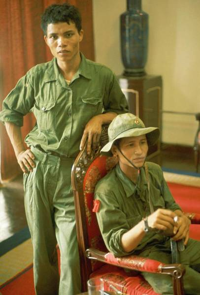 Photograph - The Fall Of Saigon In Vietnam On April by Herve Gloaguen