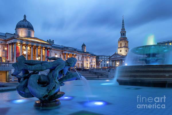 Wall Art - Photograph - Trafalgar Square Fountain by Brian Jannsen