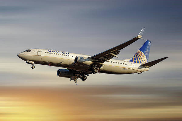 Wall Art - Mixed Media - United Airlines Boeing 737-824 by Smart Aviation