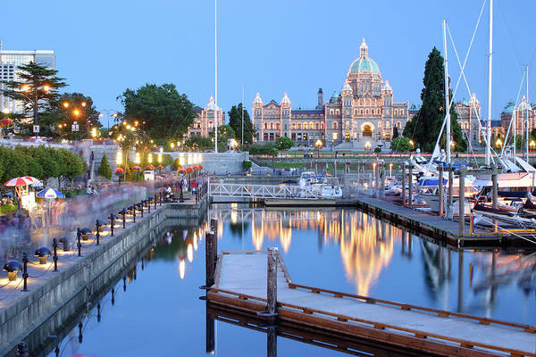 Harbour Island Photograph - Victoria At Night by S. Greg Panosian
