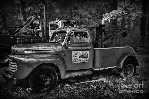 Wall Art - Photograph - Vintage Ford F4 Tow Truck by Paul Ward