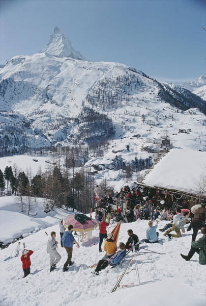 Outdoors Photograph - Zermatt Skiing by Slim Aarons