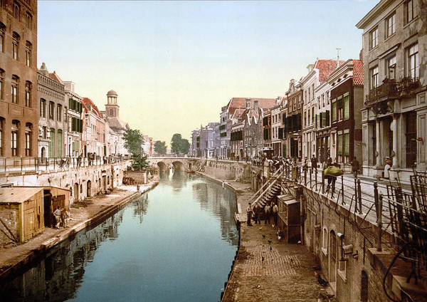 Wall Art - Photograph - Photomechanical Print Dated To 1900 by Uig