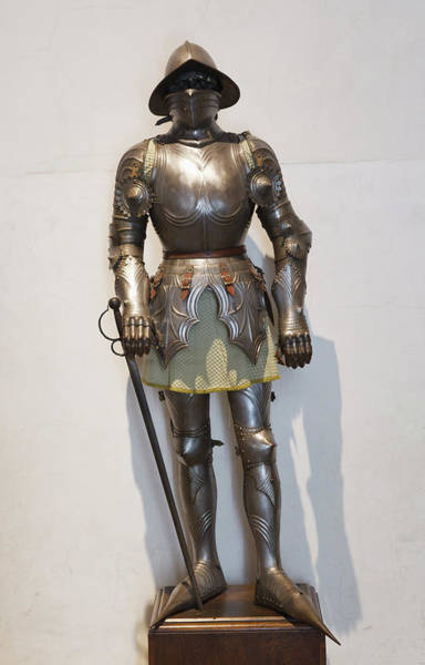 Wall Art - Photograph - Segovia, Segovia Province, Spain. Suit Of Armour On Display In The Alcazar. by Ken Welsh