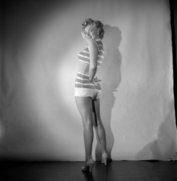 Sweater Photograph - Marilyn Monroe Portrait Session by Earl Theisen Collection
