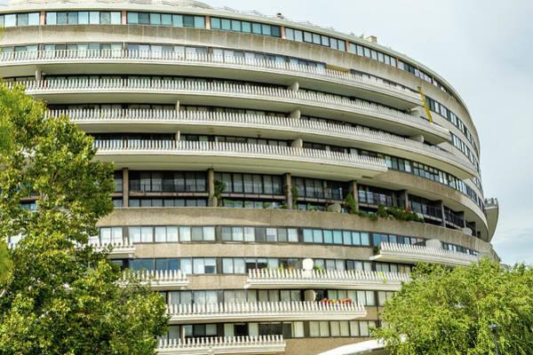 Watergate Complex Washington Dc By Mark Summerfield