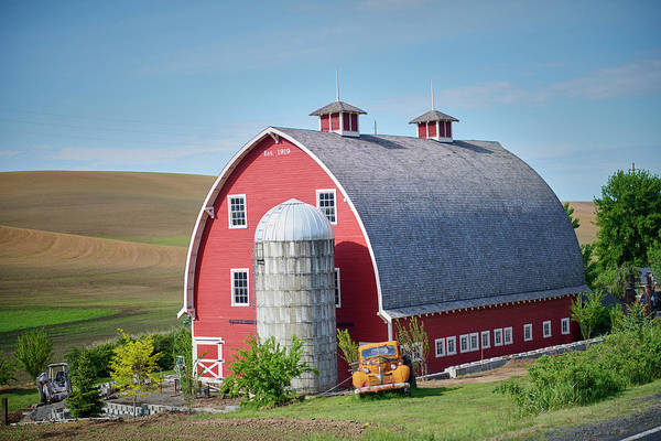 Wall Art - Photograph - 1919 Palouse Barn by Paul Freidlund
