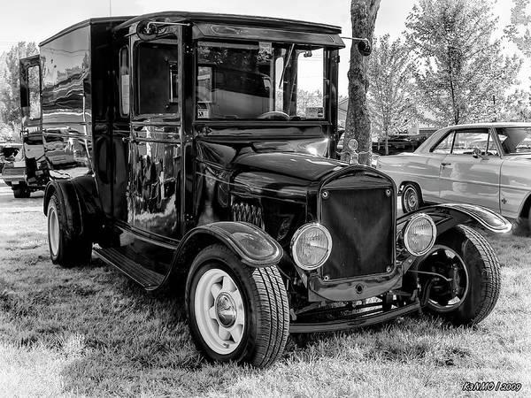 Digital Art - 1925 Ford Model T Delivery Truck Hot Rod by Ken Morris