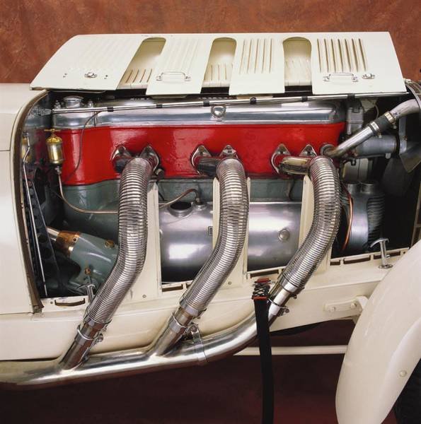 Wall Art - Photograph - 1929 Mercedes Benz Ssk Engine And by Car Culture