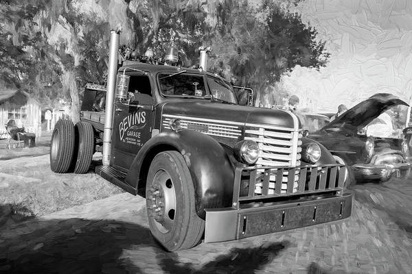 Photograph - 1949 Diamond T Tow Truck 102 by Rich Franco