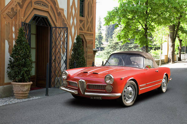 Wall Art - Photograph - 1960 Alfa Romeo 2000 Spider by Car Culture