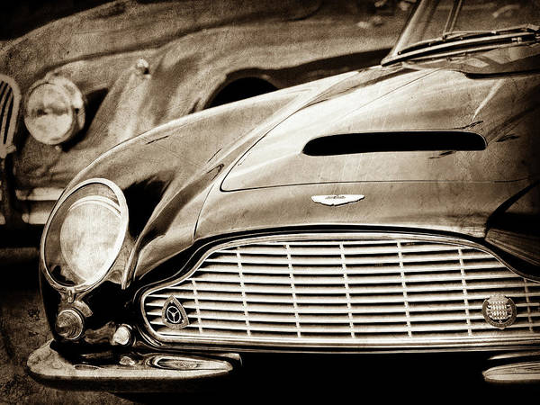 Wall Art - Photograph - 1965 Aston Martin Db6 Short Chassis Volante Grille-0970s2 by Jill Reger