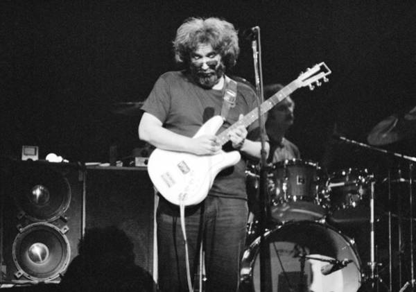Jerry Garcia Photograph - 1977, Atlanta, Jerry Garcia by Michael Ochs Archives