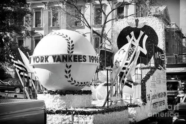 Photograph - 1996 Yankees World Series Parade Float New York City by John Rizzuto