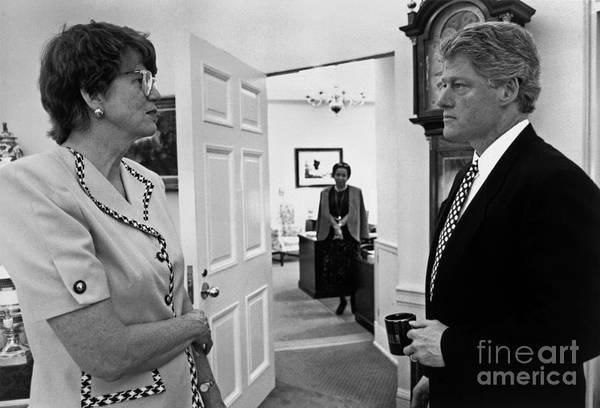 Wall Art - Photograph - Bill Clinton by Granger