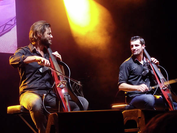 Photograph - 2 Cellos by James Peterson