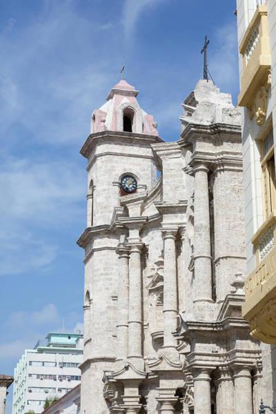 Wall Art - Photograph - Cuba, Havana, Old Havana by Jaynes Gallery