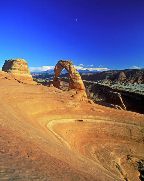 Physical Features Wall Art - Photograph - Delicate Arch, Arches National Park by Hans-peter Merten