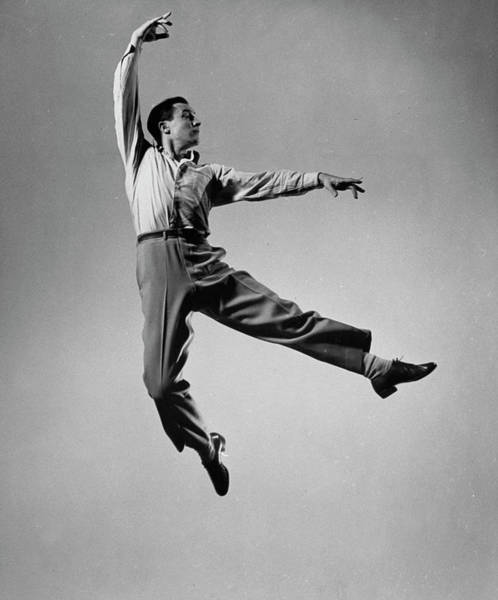 Dancing Photograph - Gene Kelly by Gjon Mili