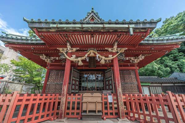 Wall Art - Photograph - Honden Main Hall Of Ozaki Jinja Shrine Kanazawa, Japan by Manuel Ascanio