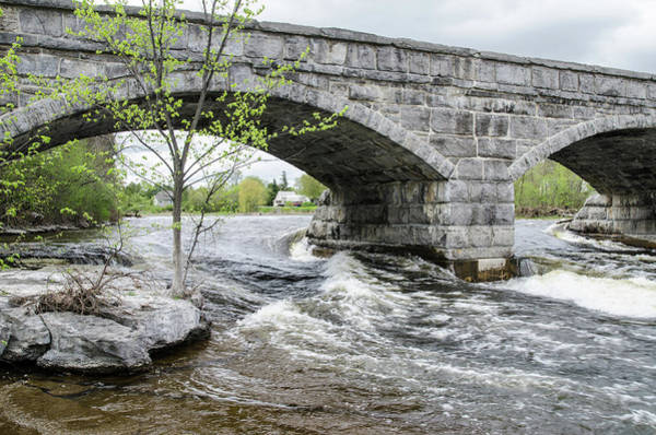 Photograph - Pakenham's 5 Arch Stone Bridge by Rob Huntley